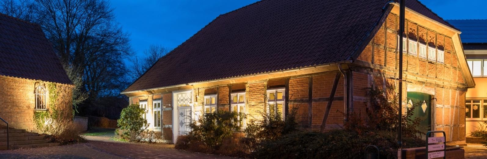 Startseite Banner 04 (Illumination Küsterhaus)